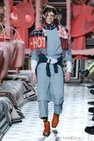 310_henrik-vibskov-menswear-fw20-paris-0607-1579364876.jpg